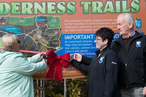 CF Mayor Frances Smith and Kennebec Councillors Cindy Kelsey and Tom Dewey cut the ribbon together